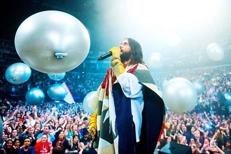 Jared Leto esiintyi 30 Seconds to Marsin kanssa Lontoossa 27. maaliskuuta.