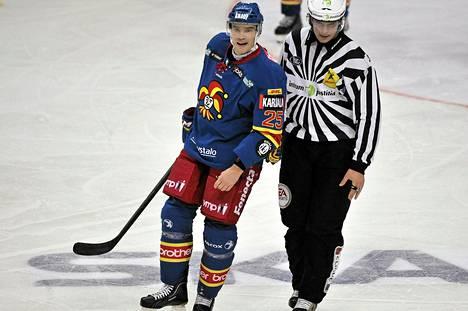 Jarkko Ruutu on joukkueensa hämmentäjä, silmätikku ja jäähykuningas.