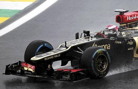 Heikki Kovalainen oli Sao Paulon sadesäässä lauantain harjoitusten neljänneksi nopein.