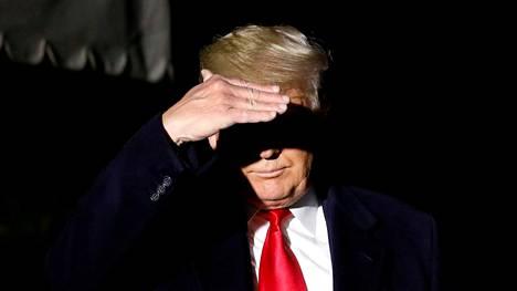 Donald Trumpista on tulossa ensimmäinen virkasyyt teestä selvinnyt presidentti, joka on ehdolla vaaleissa.