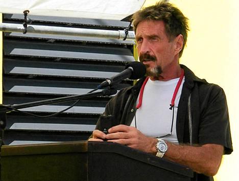 John McAfee puhui San Pedrossa Belizessä marraskuun alussa.