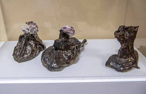 The Länsimäki school has a collection of works by Soili Talja, which includes painting in addition to these ceramic sculptures.