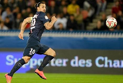 Zlatan Ibrahimovic on PSG:n ja Ruotsin maajoukkueen kapteeni.