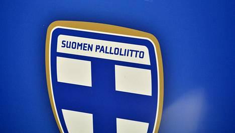 Suomen Palloliitto tukee seuroja koronaviruspandemian takia.