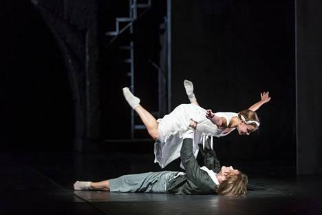 Suomen Kansallisooppera toteutti Romeo ja Julia -baletin yhteistyössä Slovakian kansallisteatterin kanssa.