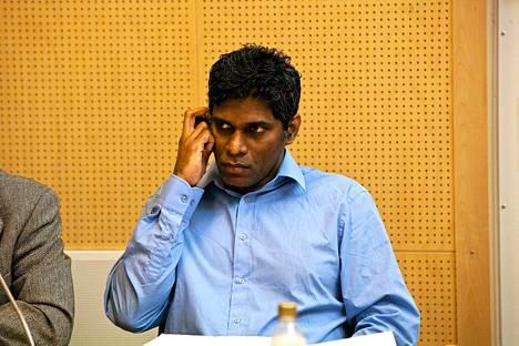 Wilson Raj Perumal Rovaniemen käräjäoikeudessa 2011.