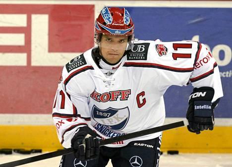 Kuparinen tuli IFK:hon viime kaudeksi, mutta pelit loppuivat alkuunsa loukkaantumisen takia. Kuva viime vuoden syyskuulta HIFK–Jokerit-ottelusta.