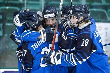 Samu Tuomaala teki tärkeän maalin myös kisojen avausottelussa Venäjää vastaan.