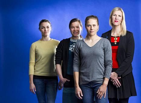 Silja Frost (vas.) on lääkäri, Silja Kanerva juristi, Tuuli Petäjä-Sirén arkkitehti ja Sari Multala on ekonomi ja kansanedustaja.