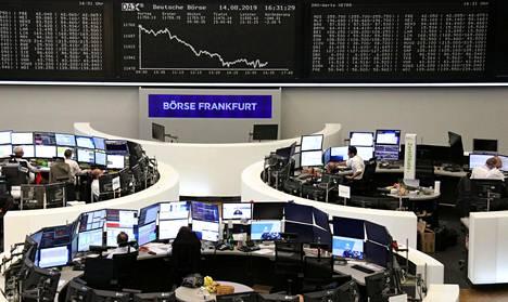 Osakekurssit laskivat keskiviikkona myös Frankfurtin pörssissä.