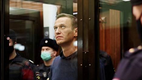 Venäläinen oppositiopoliitikko Aleksei Navalnyi oikeussalissa tämän viikon tiistaina. Oikeus määräsi hänet vankilaan ehdollisen tuomion koeajan rikkomisesta.