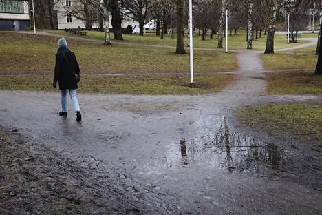 Sää jatkuu Helsingissä lämpimänä tälläkin viikolla.