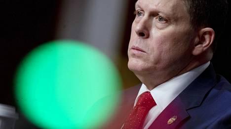 Capitolin poliisin entinen poliisipäällikkö Steven Sund todisti senaatin kuulemisessa tiistaina.