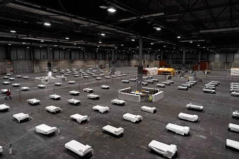 Ifeman konferenssikeskus Madridissa on muutettu väliaikaiseksi sairaalaksi.