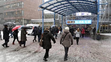 Helsingin kirjamessut alkoivat tänään torstaina Messukeskuksessa.