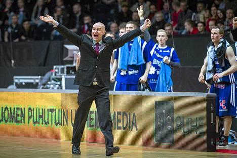 Jukka Toijalan valmentama Kataja on kuilun partaalla.
