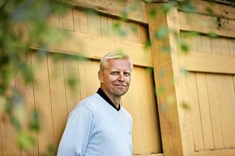 Vuodesta 1993 valtuutettuna toiminut Arto Bryggare keräsi viime kuntavaaleissa demareille reilut 3 500 ääntä.