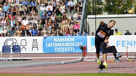 Tero Pitkämäki ei ollut parhaassa heittovireessään karsinnassa.