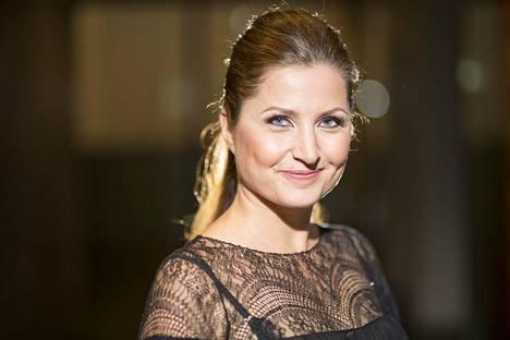 Sari Helinin Huono äiti -yhtiön saama 100 000 euron rahoitus on herättänyt keskustelua.