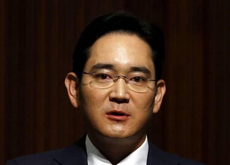 Samsung Electronicsin halituksen varapuheenjohtaja Jay Y. Lee tuomittiin lahjustapauksessa uudelleen vankeuteen.
