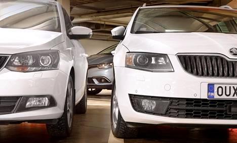 Valkoinen Škoda on tuttu näky teillä, kaduilla ja parkkihalleissa.