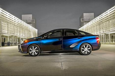 Vuonna 2014 esitelty alkuperäinen Toyota Mirai on maailman ensimmäisiä sarjatuotantovalmisteisia vetyhybridiautoja.