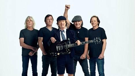 Cliff Williams, Phil Rudd, Angus Young, Brian Johnson ja Stevie Young soittavat AC/DC:n uudella levyllä, joka soi kuin bändin kulta-aikoina.