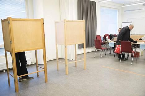 Edellisissä kuntavaaleissa vuonna 2017 äänestettiin Kangasalan kirjastossa.