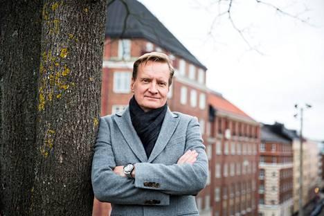 Harva tietää, että töölöläinen Petri Helenius on myös F1-lääkäri.