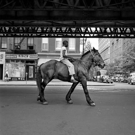 Vivian Maier: New York 1953.