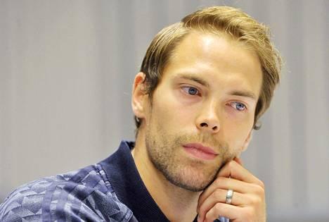 Lähipiiri toivoo, että Petteri Koposen annetaan toipua rauhassa vakavasta loukkaantumisesta.