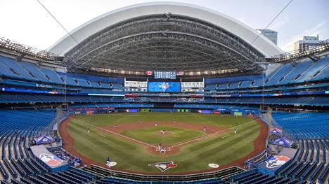 Toronto Blue Jaysin omistaja haluaa purkaa seuran ikonisen kotistadionin Rogers Centren. Vuonna 1989 valmistuneella stadionilla on täysin avattava katto, ja stadionkompleksin yhteydessä olevan hotellin huoneista on näkymä kentälle.