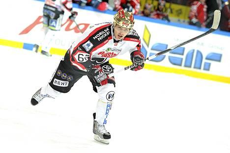 Tomas Zaborsky laukoi kaksi maalia KalPan verkkoon.