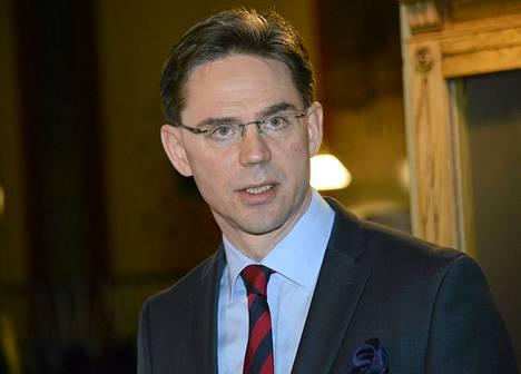 Jyrki Katainen on tänään neuvottelemassa sii, millaisia päätöksiä hallitus voi tehdä kolmen viikon päästä kehysriihssä.