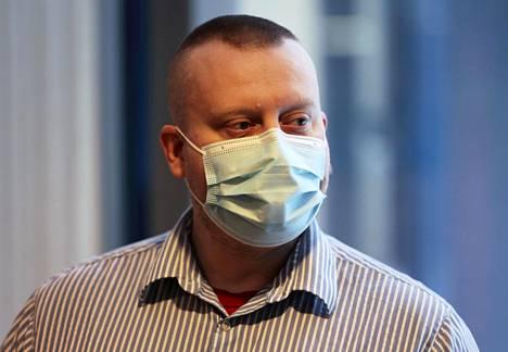 Kaupunginvaltuutettu Teemu Torssonen seurasi tiistaina Keski-Suomen käräjäoikeudessa alkanutta oikeudenkäyntiä Pekka Katajaan kohdistuneesta murhan yrityksestä.