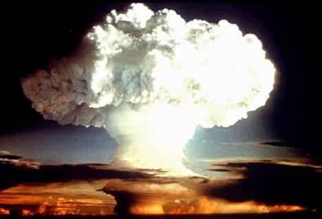 Yhdysvaltain vuonna 1954 tekemä ydinkoe.