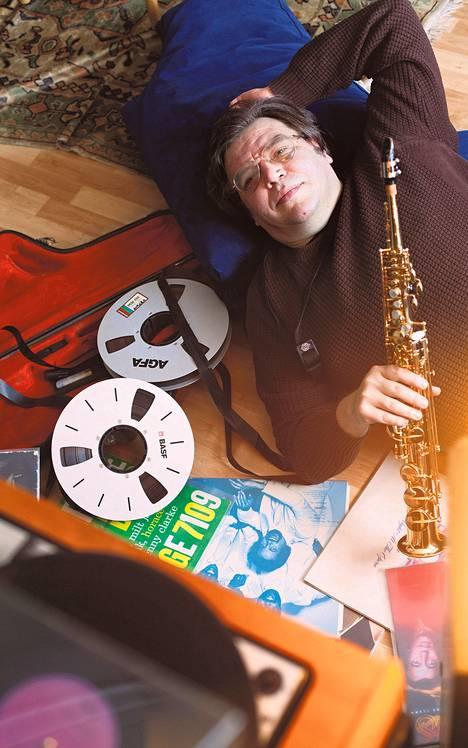 Andre Solomkolla on oma yhtye Vinyl Jam, jonka kaikki levyt kantavat merkintää AAA eli ne on äänitetty, miksattu ja masteroitu täysin analogisesti. Se on nykyään harvinaista.