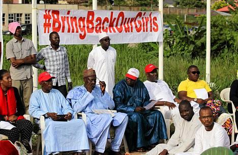 Vangittujen nigerialaistyttöjen vapauttamista vaativa ryhmä kokoontui Nigerian pääkaupungissa Abujassa toukokuun lopulla.