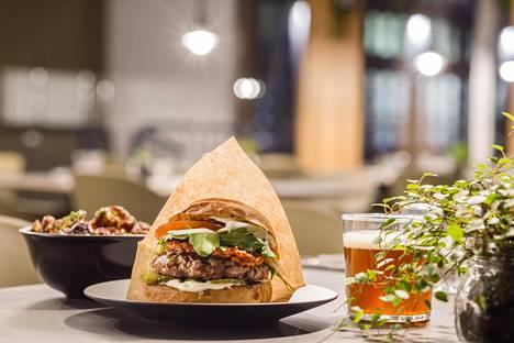 Beergeristä saa hampurilaisten ja oluen lisäksi muun muassa kukkakaaliwingsejä.