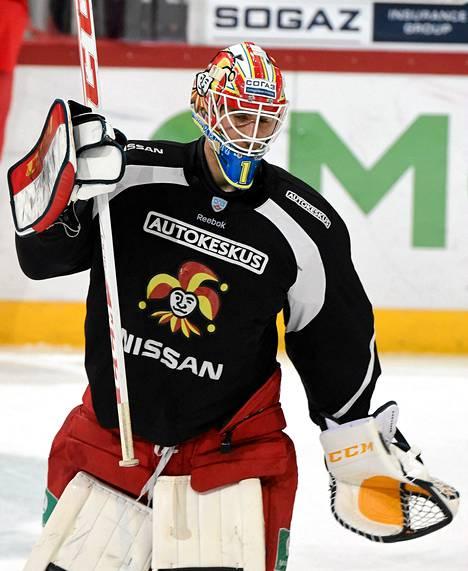Jokereiden maalivahti Henrik Karlsson jääharjoituksissa 26. helmikuuta 2015.