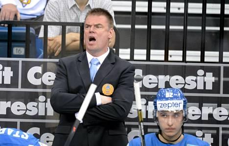 Raimo Helmisen neuvot eivät auttaneet Kazakstania pysymään A-sarjassa.