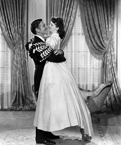 Clark Gable ja Vivien Leigh esittivät Tuulen viemää -elokuvan rakastavaisia. Leigh voitti roolistaan Oscarin.