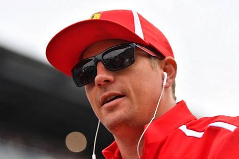 Kimi Räikkönen nähdään kauden loppuun asti Ferrarin punaisessa.
