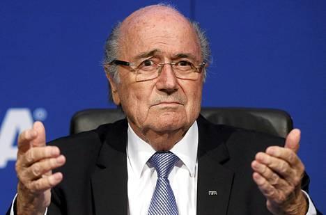 Sepp Blatter on kiistänyt kaikki häneen kohdistuneet korruptiosyytökset.