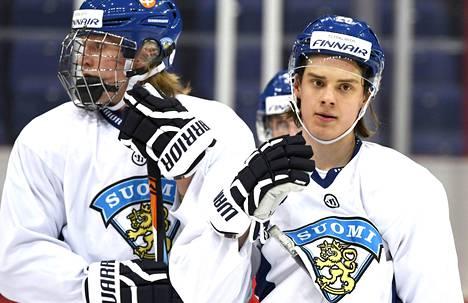 MM-kisojen parhaaksi valittu Patrik Laine harjoitteli toukokuun alussa ristikko kasvojen suojana. Ensi syksynä hän pelaa Sebastian Ahon kanssa World Cupia kirkkaimpien NHL-tähtien kanssa.