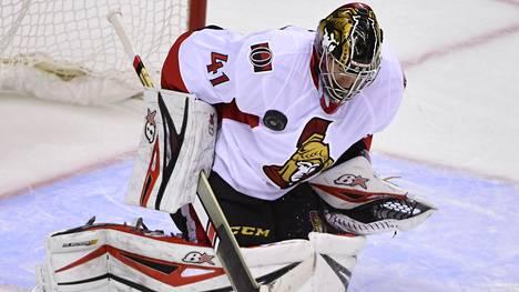 Ottawan Craig Anderson pelasi viime viikolla Vancouver-ottelussa.