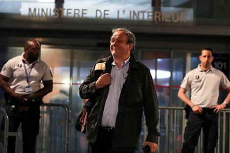 Michel Platini poistui keskiviikkona ranskalaiselta poliisiasemalta, jossa häntä pidettiin kuulusteltavana.