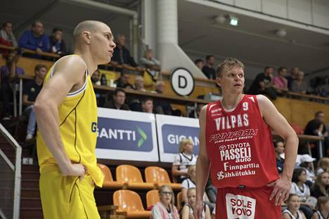 Seagullsin Antti Kanervo ja Vilppaan Teemu Rannikko kuvattuna 1. lokakuuta 2019.