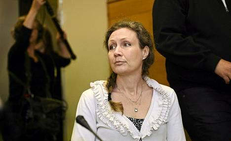 Anneli Auer kuvattiin käräjäoikeuden salissa viime keskiviikkona.