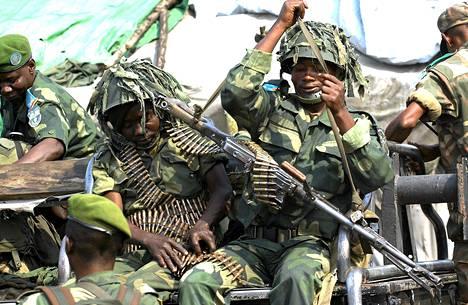 Kongon demokraattisen tasvallan sotilaita valmistautumassa operaatioon Gomassa. Afrikan unionin jäsenvaltiot päättivät maanantaina yhteisten nopean toiminnan joukkojen perustamisesta.